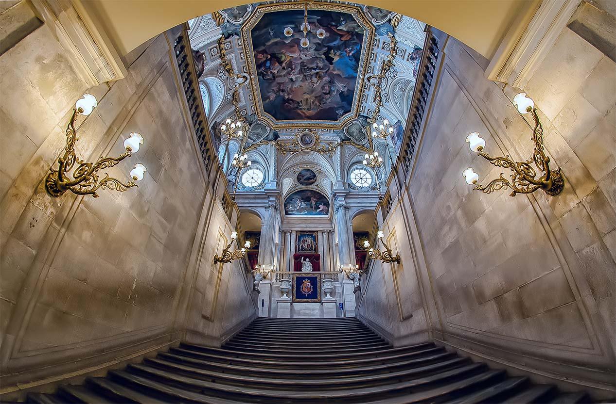 Giuseppe Sapori - The royal palace