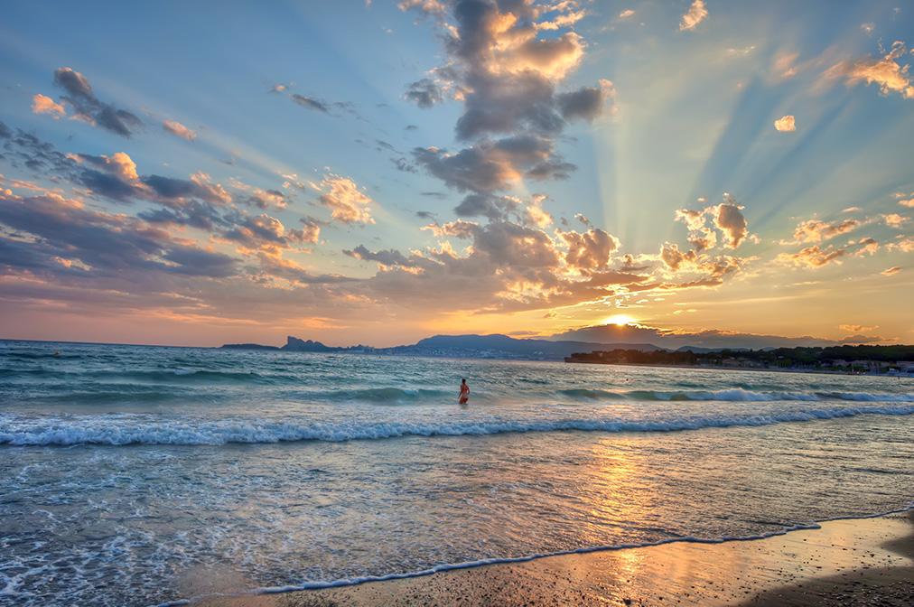Giuseppe Sapori - Sunset Swim