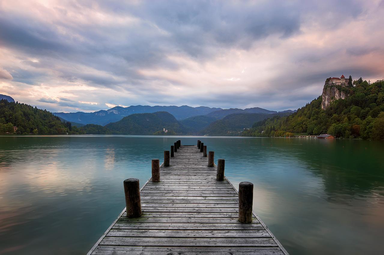 Giuseppe Sapori - Lake Path