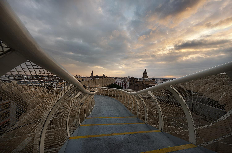 Giuseppe Sapori - Steps on the Clouds
