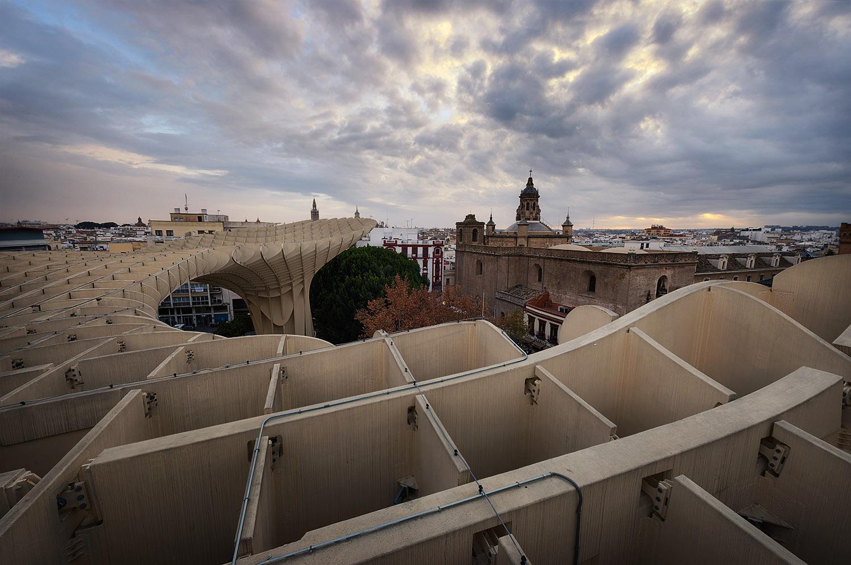 Giuseppe Sapori - The sky terrace